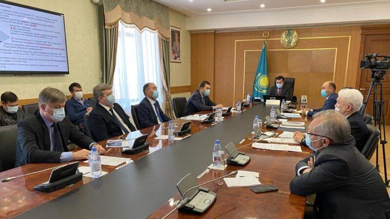 Жеңіс Қасымбек сенаторларға Қарағанды облысындағы Азаматтық қорғау жүйесі туралы айтып берді