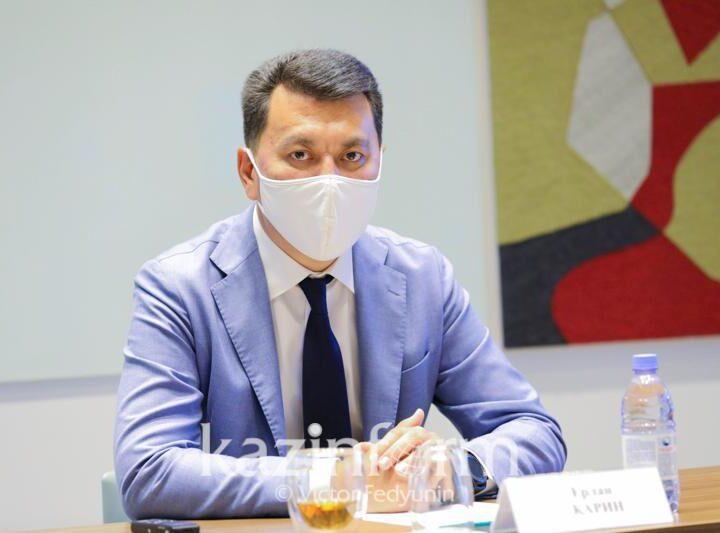 Ерлан Қарин: Әкімдер сайлауы Президент ұсынған саяси модернизация курсының түбегейлі жүзеге асып жатқанын көрсетті